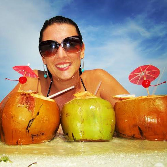 Creating a Tourism Income on the Tropical Island of Roatán