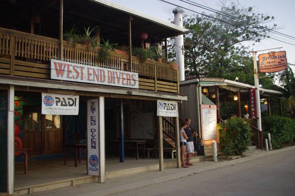 """Margarita Business Plans"" Pan Out On Roatán"