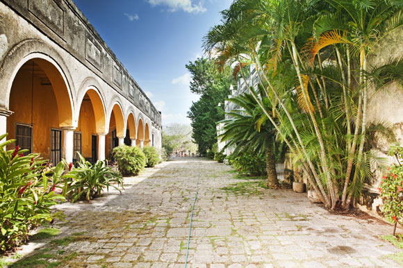 Restore a Colonial Home in Mérida for Under $200,000 All In