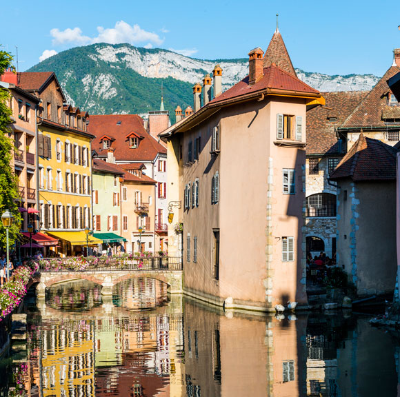 Snow-Capped Mountains and Fairytale Beauty in the French Alps