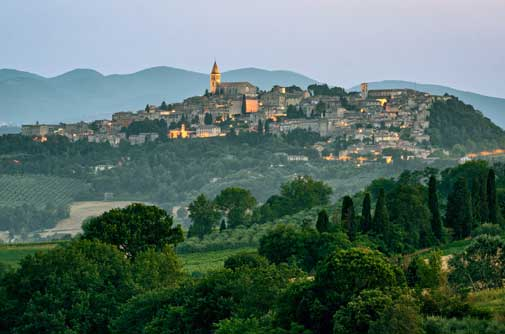 The Best Hill Towns in Umbria: Italy's Romantic Heart