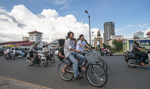 Financially Independent and Loving Life in Vietnam