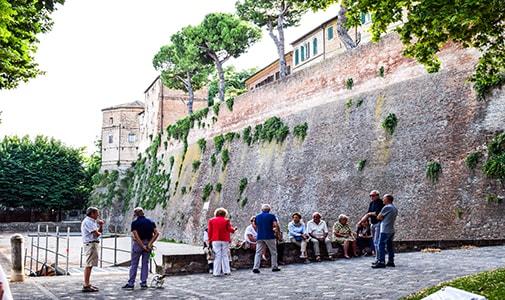 Small Cities, Big Advantages: Emilia-Romagna Revisited