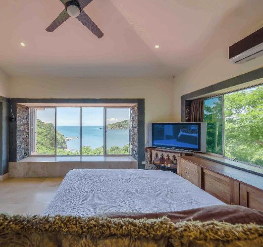 Flash Deal: Half a Million Dollars OFF an Ocean-View Home